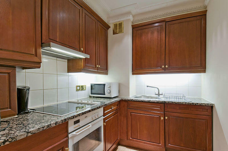 One Bedroom penthouse apartment in Mayfair with fully fitted kitchen