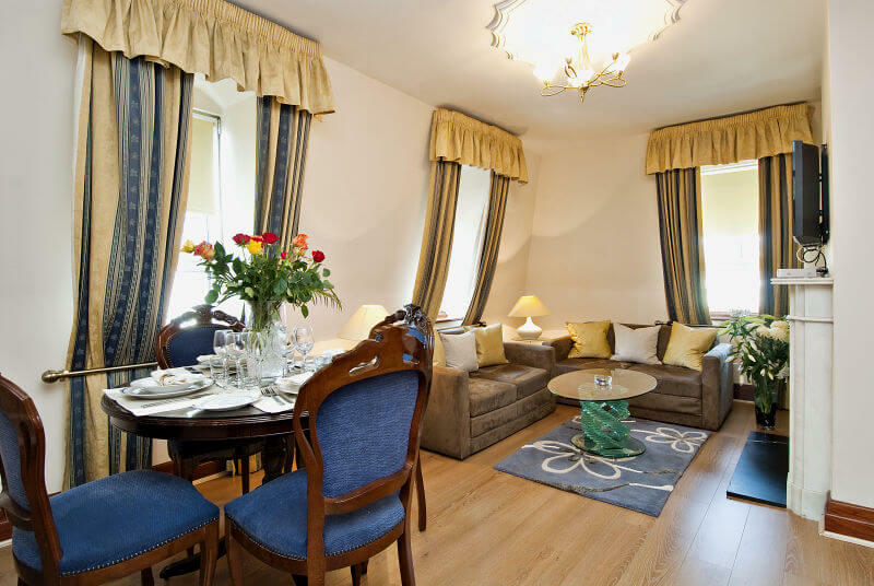 Rental apartment in Mayfair Living room area
